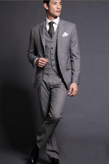 Trends Of Men Suit Colors For Summer Season 0011