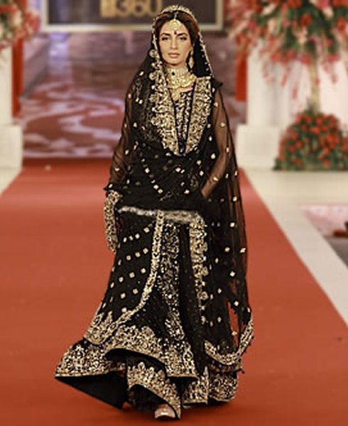 Fashion of bridal dresses 2014 in black color for Black designer wedding dresses
