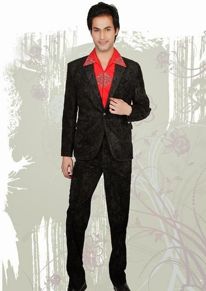 Fashion Of Pakistani Party Dresses For Men 009