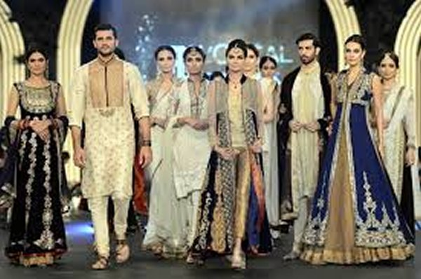 Top Pakistani Designers For Bridal Dresses 002