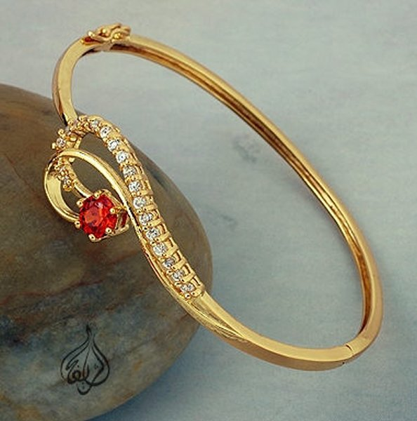 Trends Of Gold Bracelets 2014 For Women