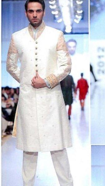 Fashion Of White Sherwani 2014 For Pakistani Groom 0013