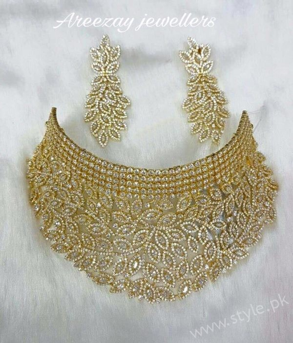 Gold Bridal set in 12-Tola's 22-carat Gold