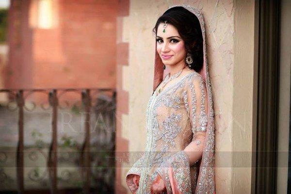 Pakistani Wedding Dresses Images 32 Superb Advertisement