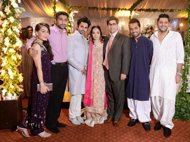 Juggan Kazim Wedding Pictures With Faisal Naqvi Style Pk