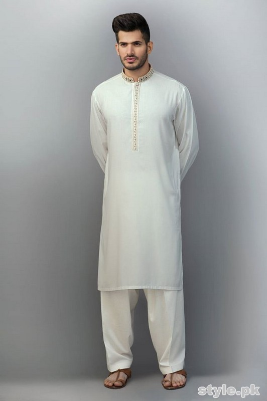 001540829c ... looking attractive, stylish and stunning. You can simply wear them as  casually. Some of the kurtas are perfect for nikah and engagement ceremony  also.