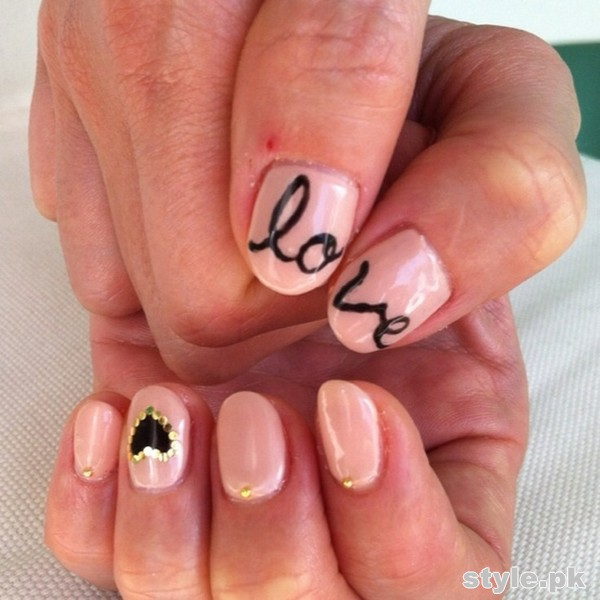 Beautiful Nail Art Designs 2015 For Valentines Day