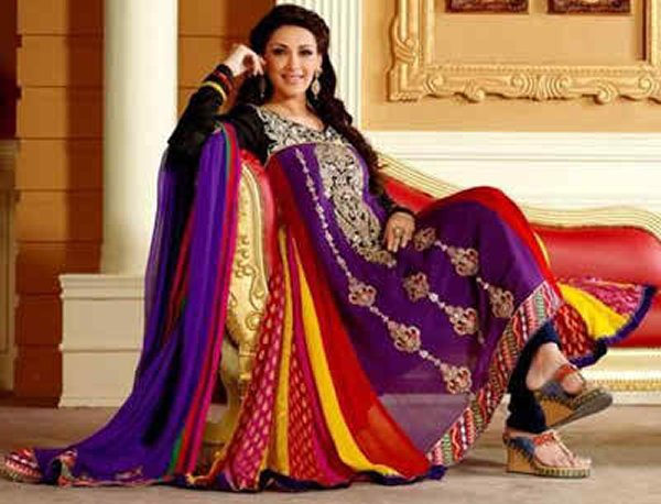 Mehndi Function Dresses 2015 : Pakistani mehndi dresses for girls