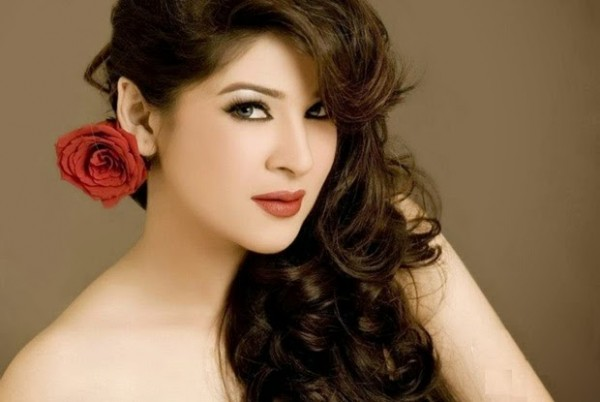 ayesha omer hot