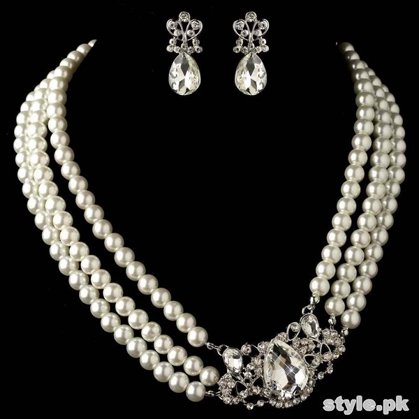 Beautiful Pearl Necklace Sets 2015 For Brides 3