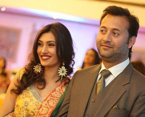 Top Popular Pakistani Celebrities Who Broke Up Their Relationships