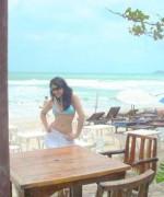 ayesha omer beach
