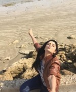 sanam chaudhary having fun at karachi
