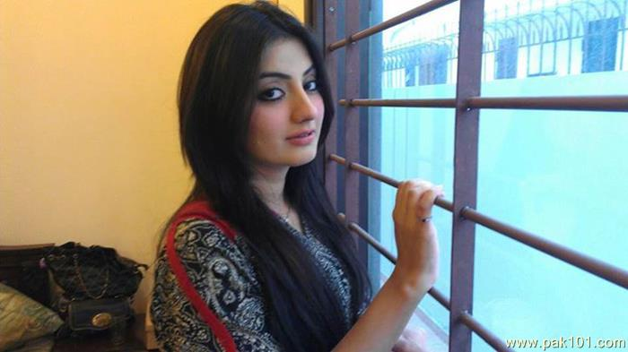 Pakistani Celebrity Uroosa Qureshi