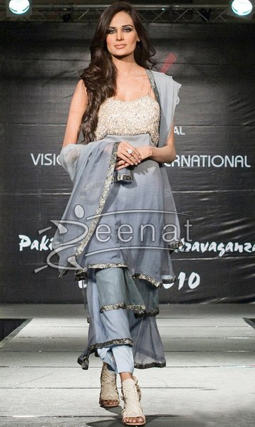 Pakistani Female Models And Their Heights 001