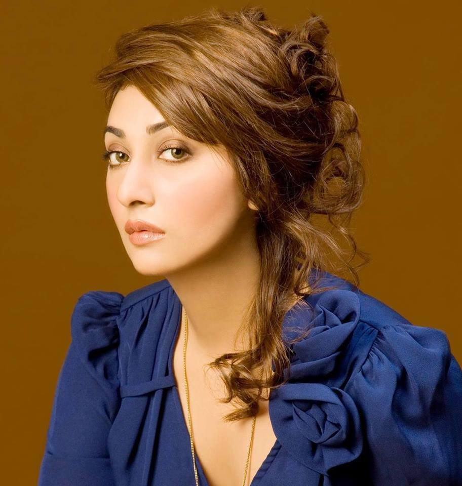 Ayesha Khan Net Worth