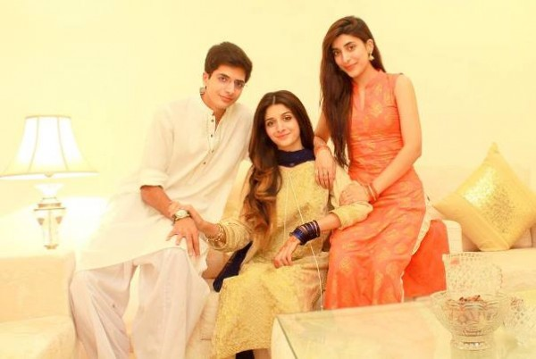 mawra and urwa hocane brother