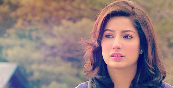 Top 5 Highest Paid Pakistani Actresses In 2015 005