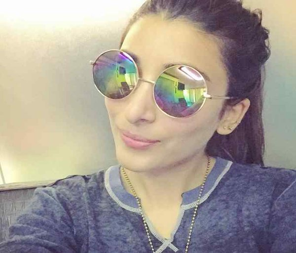 Which Pakistani Actresses Facebook Accounts Would Love To Access 01
