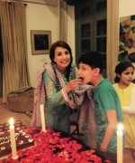 reham khan with kids