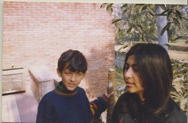 Childhood Pictures Of Pakistani Celebrities0011