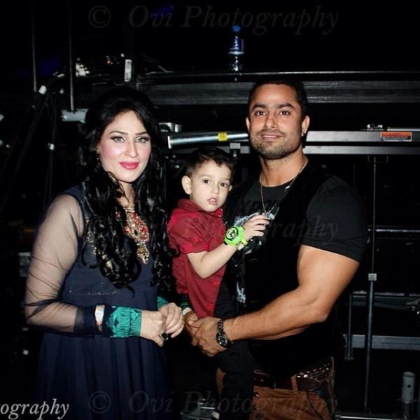 Humaira Arshad husband and son