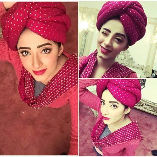 Pakistani New Actress Sanam Chaudhry Profile And Pictures0017