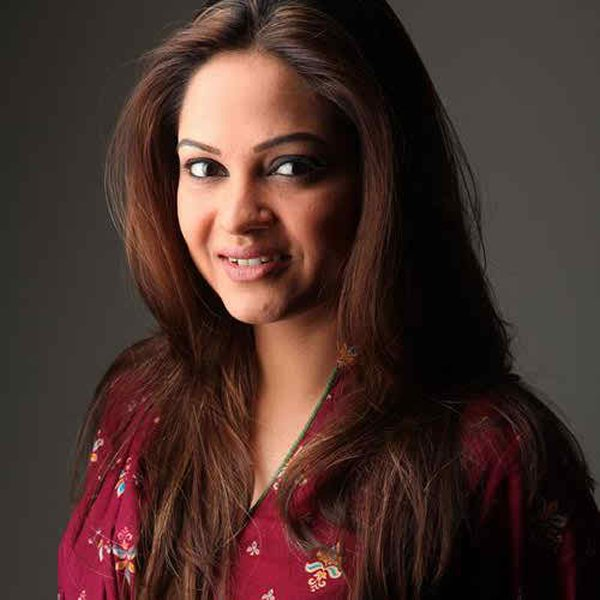 Top 5 Popular Comic Female Actresses In Pakistan TV Industry005