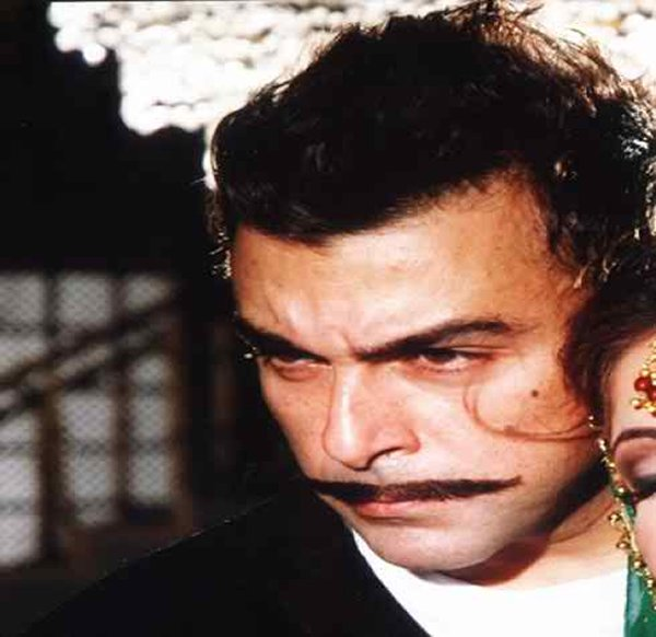 Which Pakistani Actors Rock On TV Screens With Moustaches004