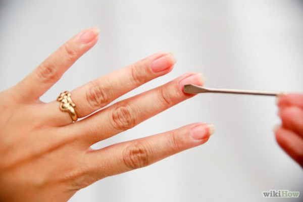 See How to do your own Manicure at home?