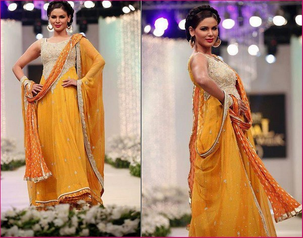 Evening Dresses in Pakistan