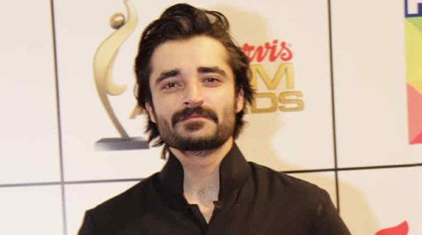 Top 5 Highly Educated Pakistani Actors Who Are Popular For Their Acting003