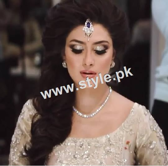 Ayeza Khan as a signature bride of Natashas Salon  2