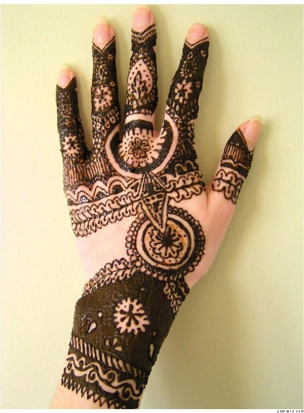Latest Mehndi designs of 2015 for EID