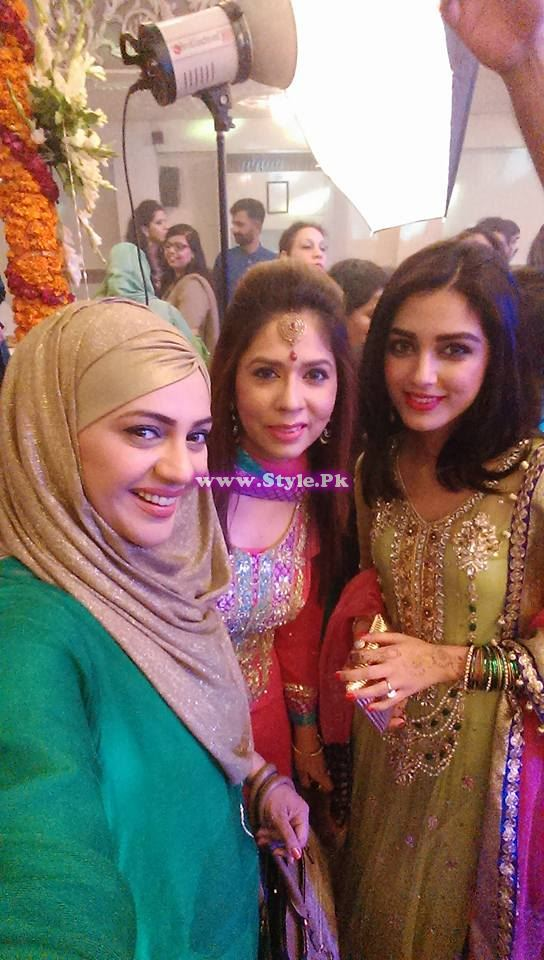 Mehndi Ceremony of Anchor Mukarram Kaleem on Channel 42