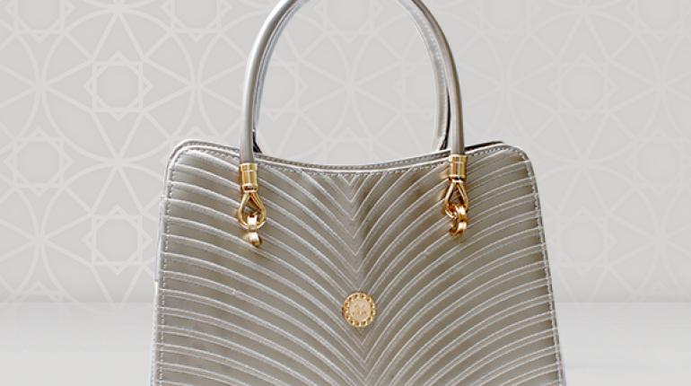 d69bd97eaaca Metro Handbags Eid Collection 2015 For Women