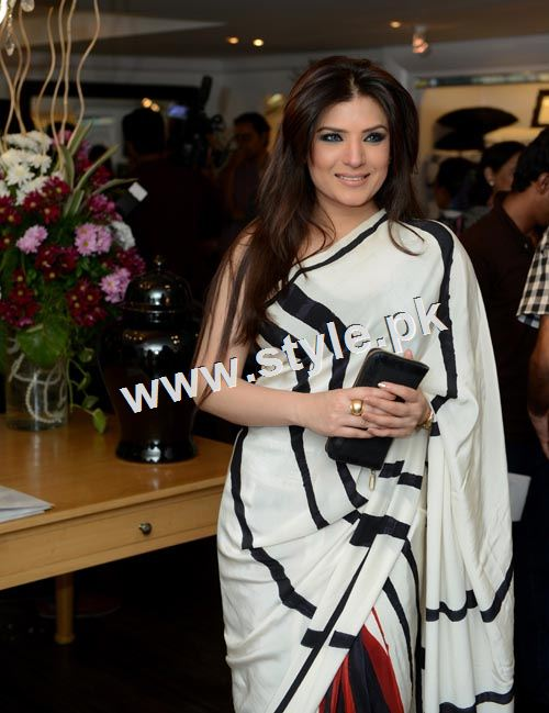 See Pakistani celebrities who are single in 2015