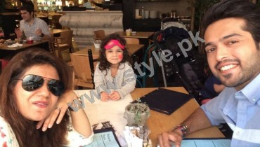 See Pictures of Fahad Mustafa with his family on Istanbul tour