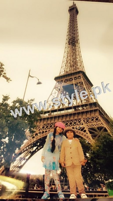 Pictures of Javeria and Saud with Family in Paris 17