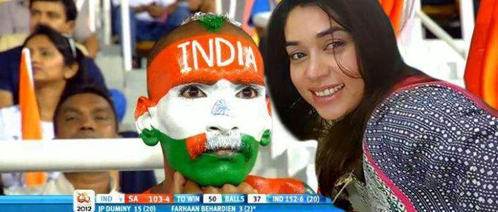 See Social media making fun of Komal Rizvi's selfie with Edhi