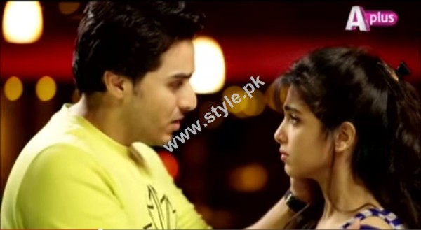 Top romantic scenes from Pakistani Dramas