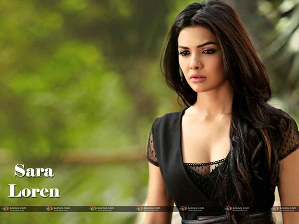 Which Pakistani Actresses Try Their Luck In Bollywood Industry004