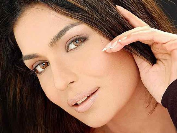 Which Pakistani Actresses Try Their Luck In Bollywood Industry005
