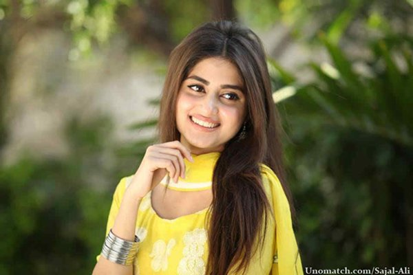 Which Pakistani Television Actresses Should Work In Movies002