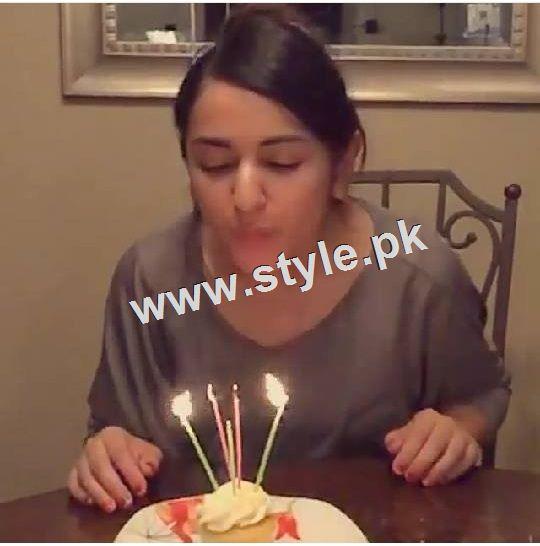 See Yumna Zaidi Celebrating her 26th birthday