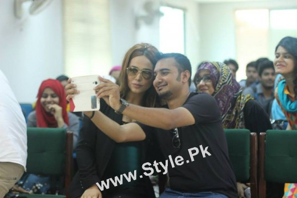 Ayyan Ali visited University of Karachi as guest of Honour (12)