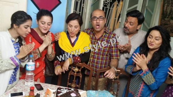 Birthday Celebrations of Samina Peerzada (4)