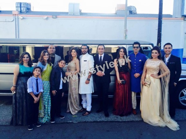 Cast of Karachi se Lahore in Hollywood (16)