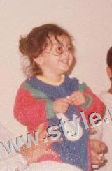 Childhood pictures of Ayeza Khan 7