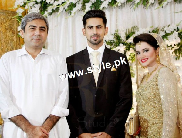 Complete Wedding pictures of Anchor Mukkaram Kaleem 9